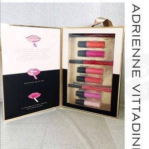 NWOT Adrienne Vittadini 9 piece Gloss & Liner